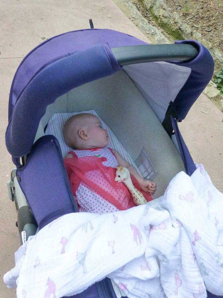 naps in stroller when baby won't sleep when traveling