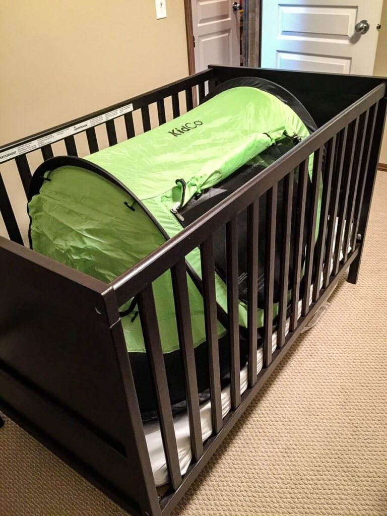 kidco peapod plus travel bed fits in a crib