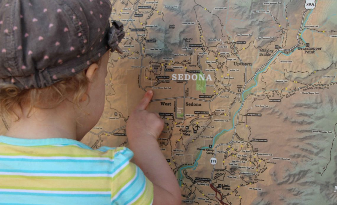 Baby Can Travel - 4 Lesson to Turn Toddler into a Traveler - Fun Looking at Maps