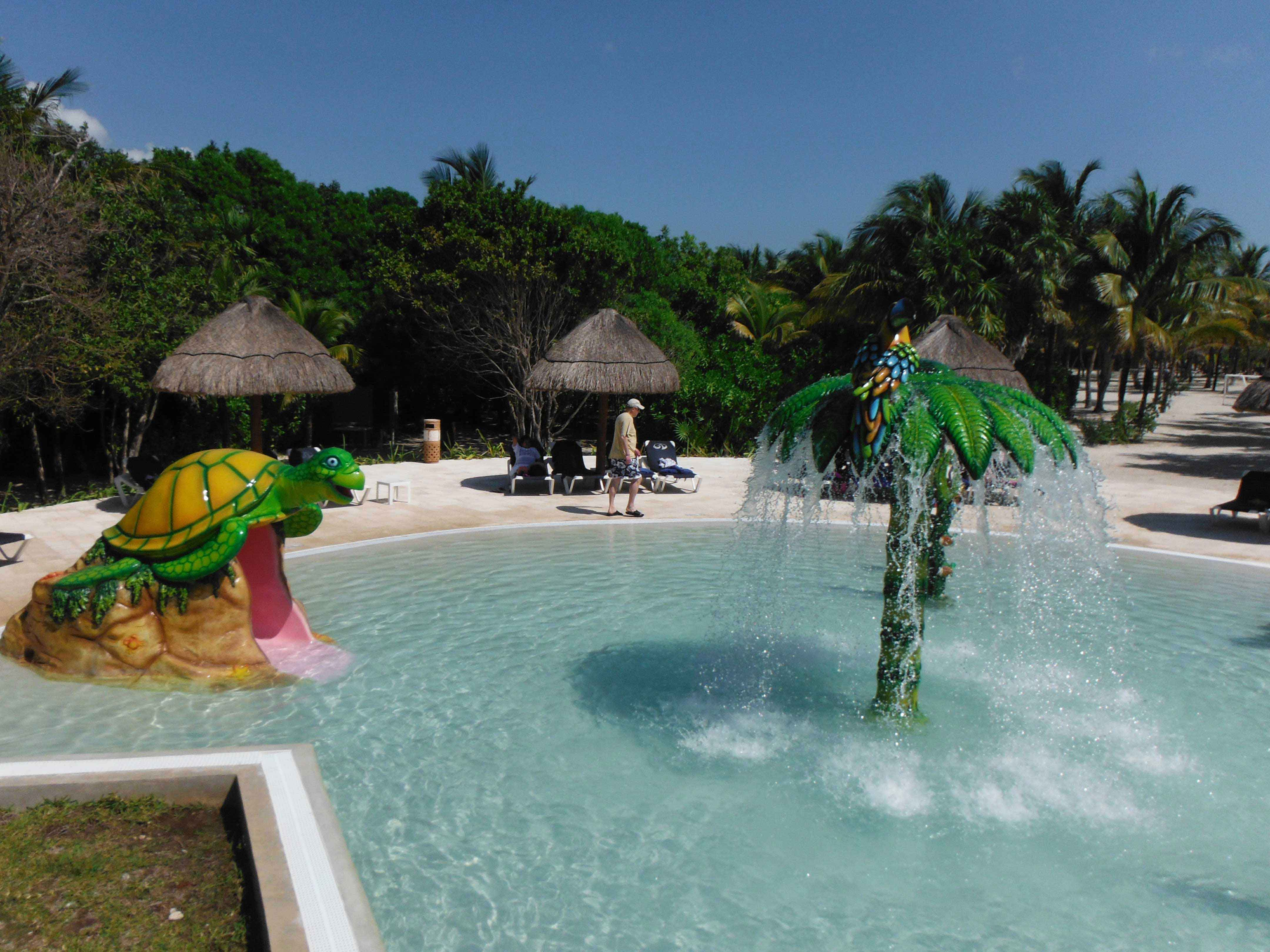 Baby Can Travel - A guide to an All-Inclusive with a Baby - Kiddie Pool