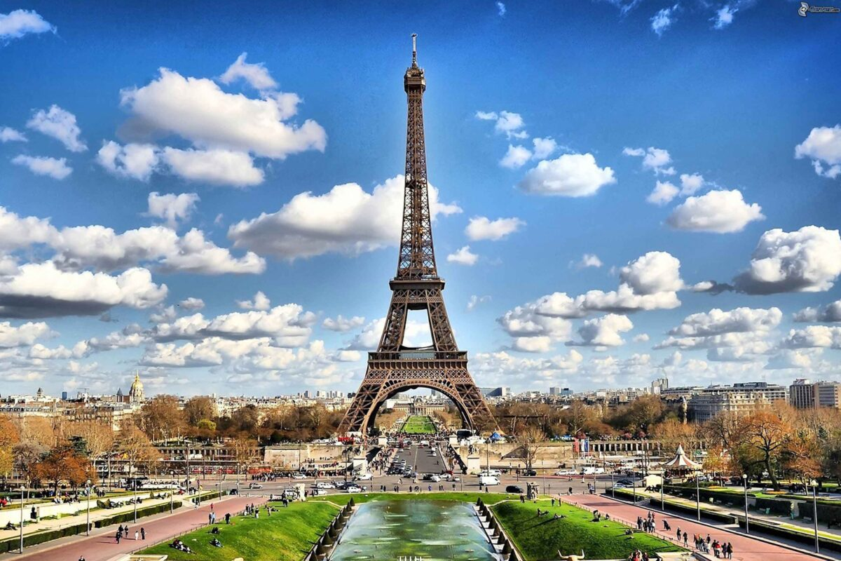 Where to Stay in Paris with a Baby – Check out these Baby-Friendly Hotels in Paris!