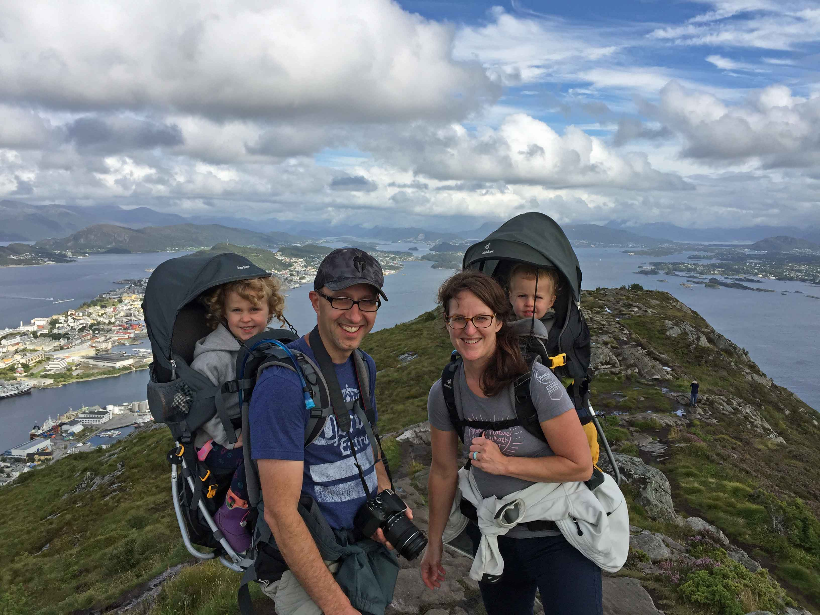 Baby-Can-Travel---Deuter-Kid-Comfort-3-Review---Alesund-Norway-with-toddlers