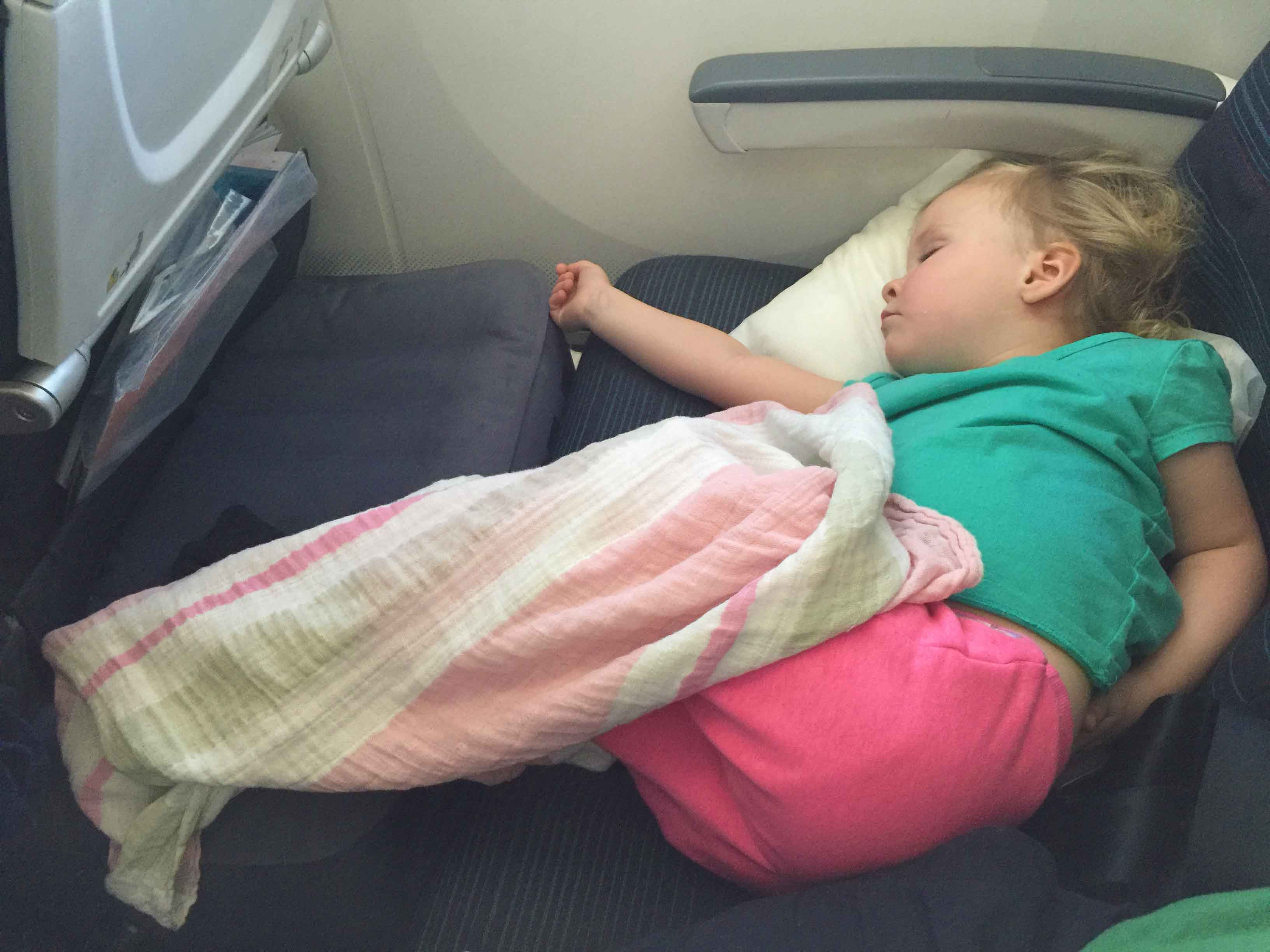 toddler bed for plane