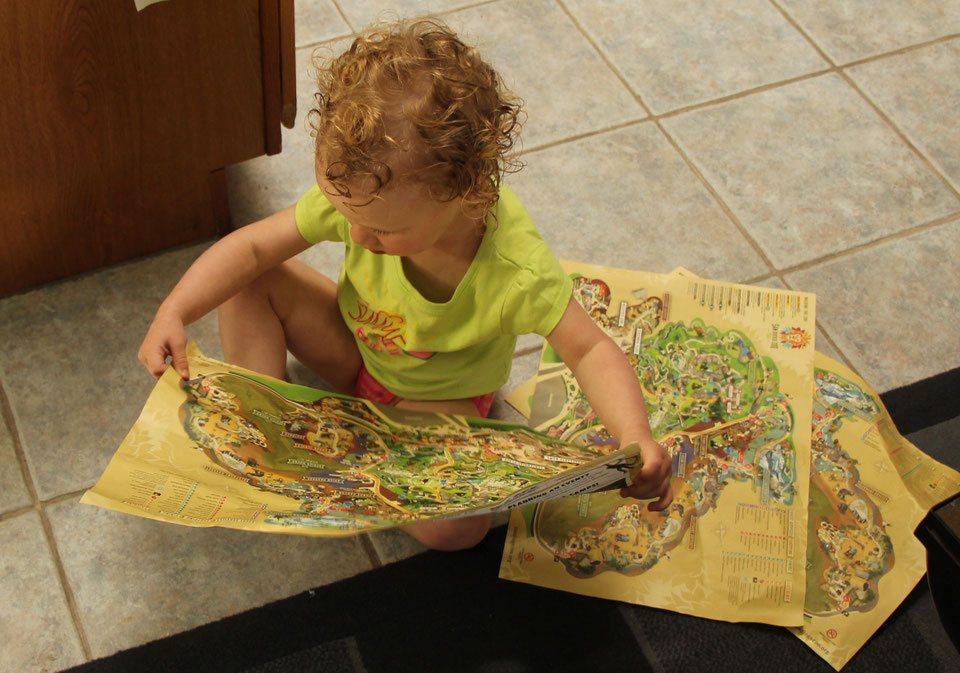 Baby-Can-Travel---San-Diego-Zoo-and-Safari-Park - Fun reading park maps