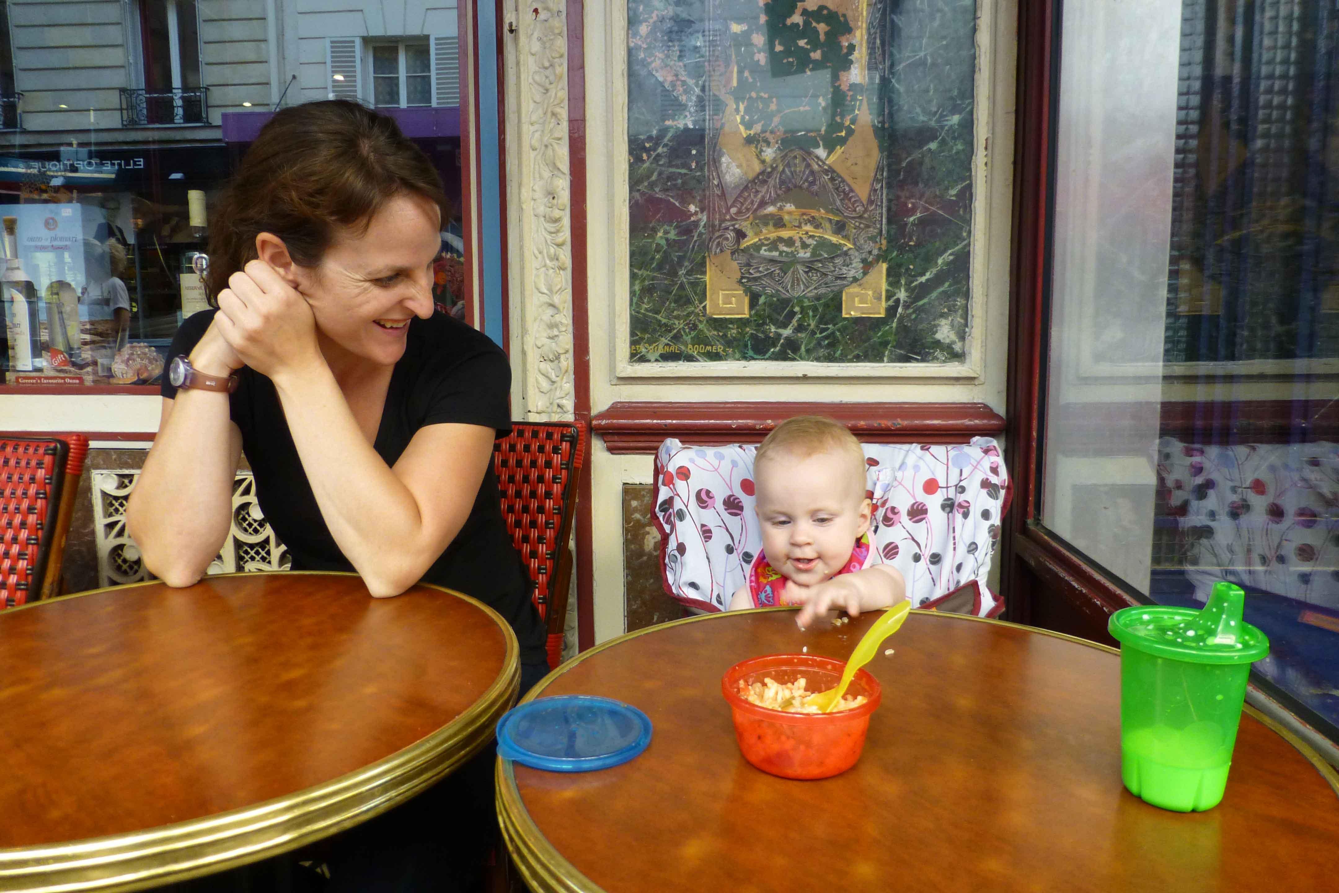 Baby-Can-Travel---Travel-Highchair-Comparison---Paris-Restaurant