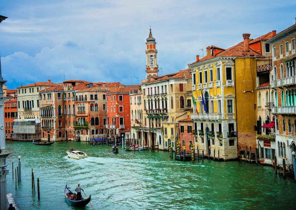Can babies go on gondolas in Venice, Italy?