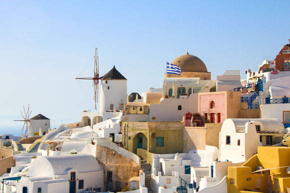 Baby Can Travel -fira-santorini-greece-with-baby