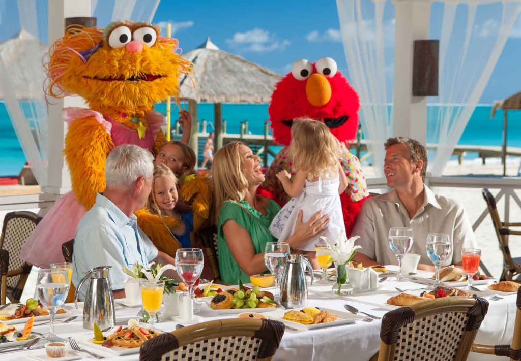 Zoe and Elmo visit guests at Beaches Turks & Caicos