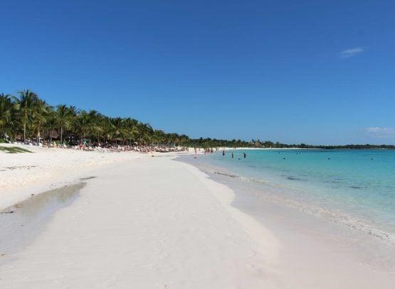 Baby friendly beaches in Mayan Riviera