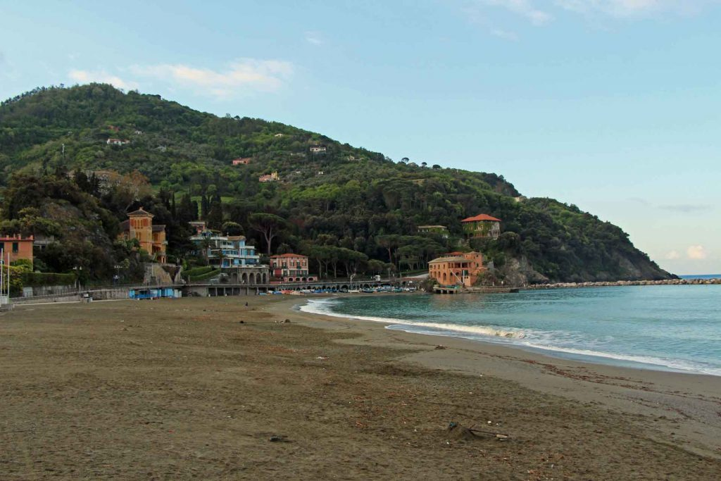 Things to do in Cinque Terre with children - Levanto Beach