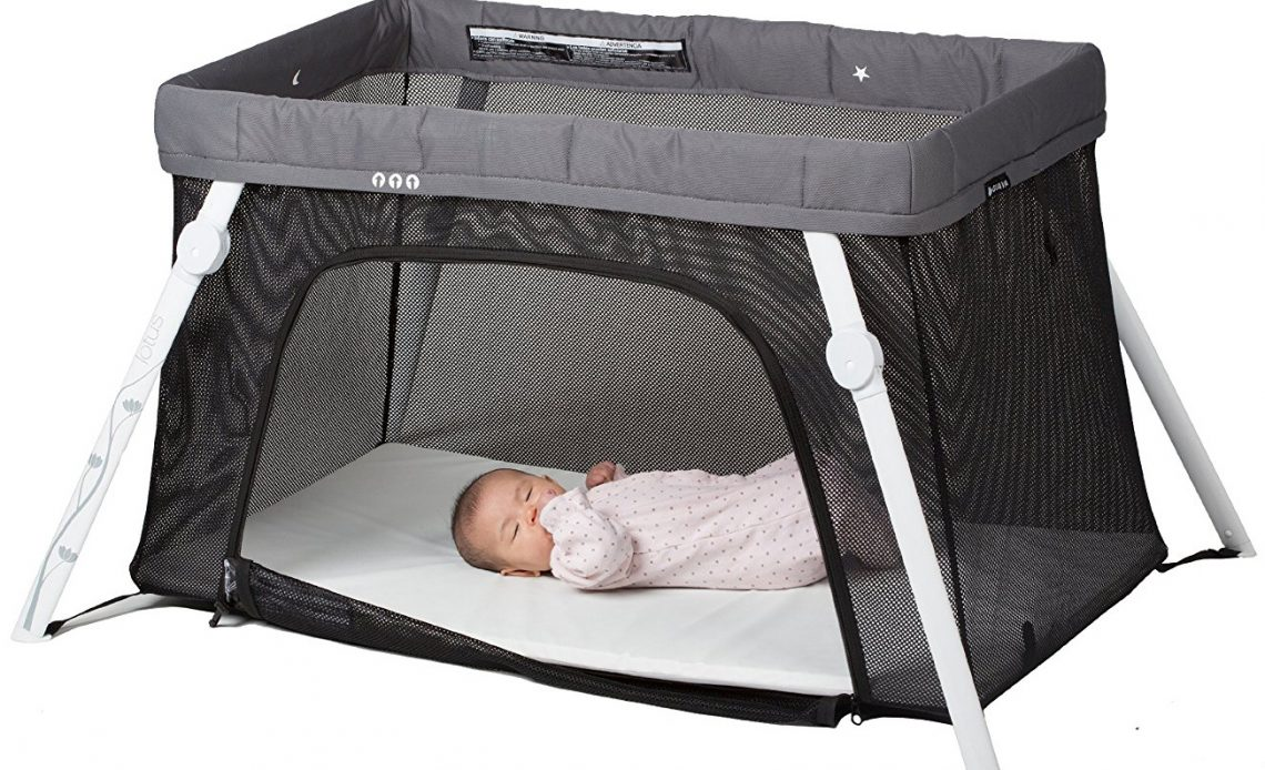 d85bd2f39e5 The Best Portable Baby Bed for Travel - Baby Can Travel