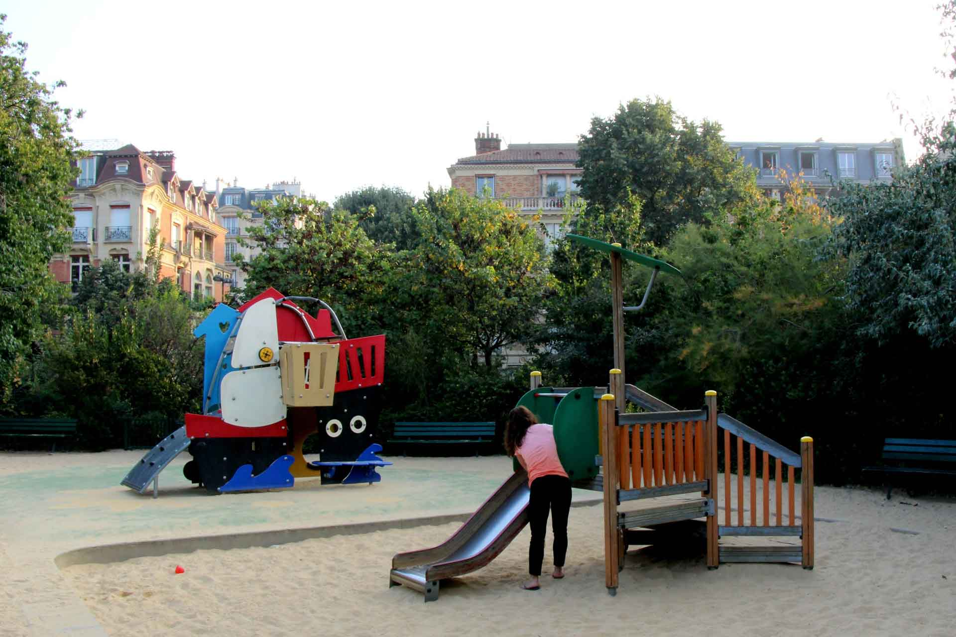 Paris playgrounds with a baby