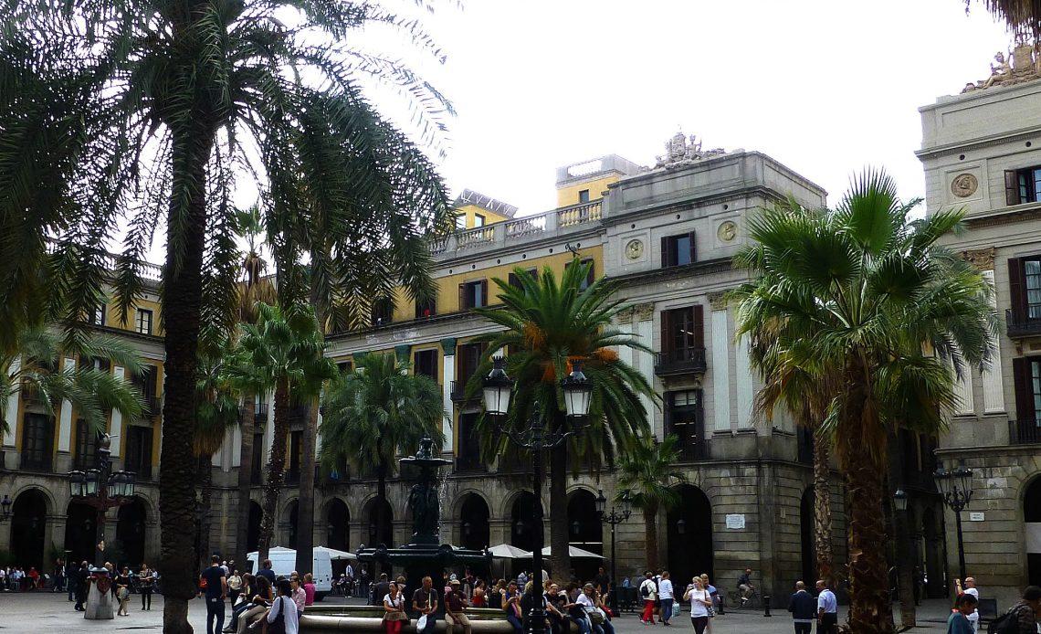 Placa del Riel Barcelona with a baby