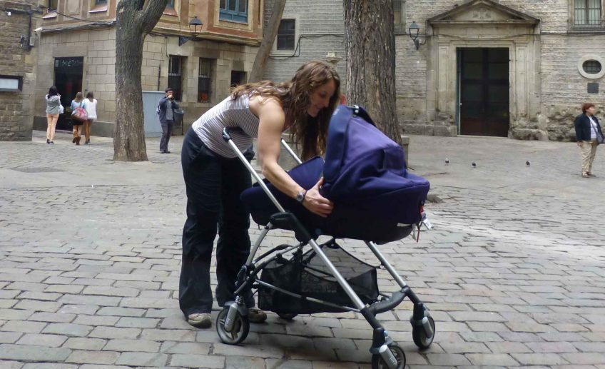 Tips to Avoid Being Pickpocketed While Traveling with a Baby