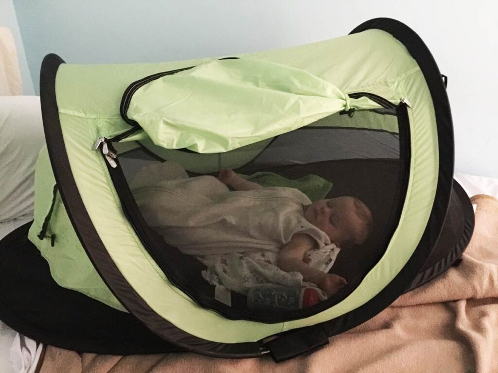 travel essentials baby - kidco peapod tent