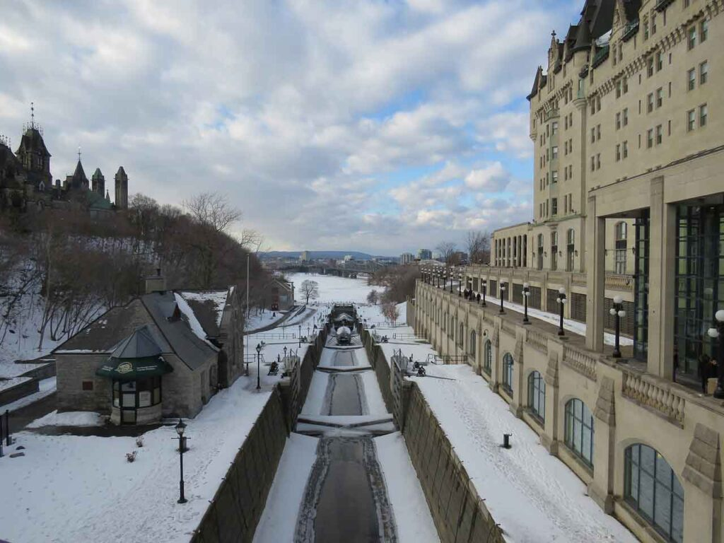 Rideau Canal - Ottawa in winter