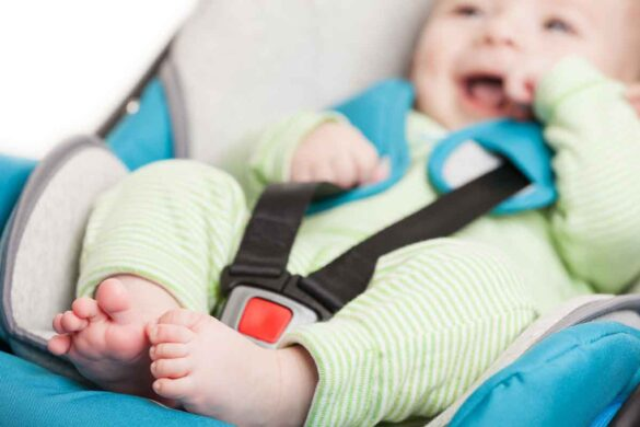 5 Things to Think About BEFORE Traveling with Car Seats on Airplanes