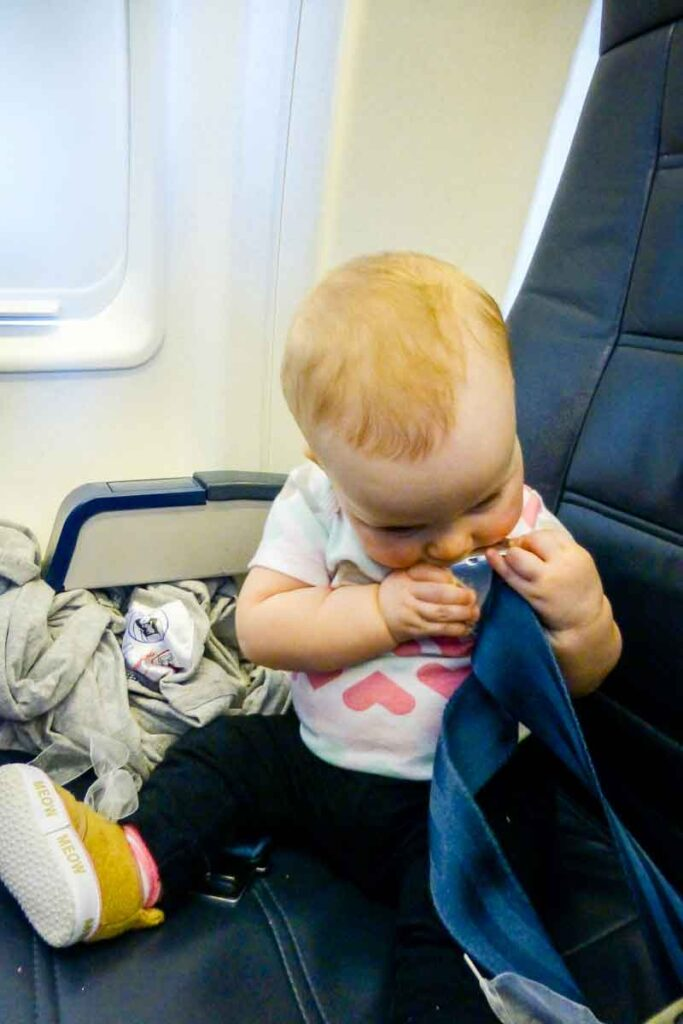 flying with baby in airplane seat