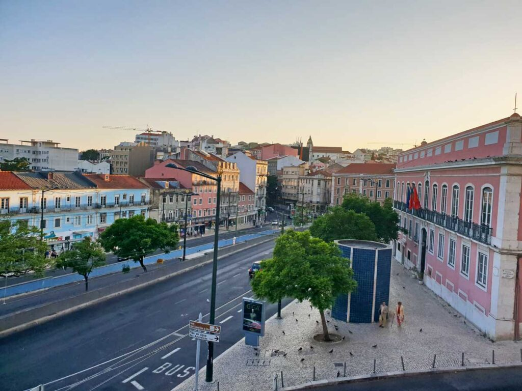 best neighborhood to stay in lisbon for families