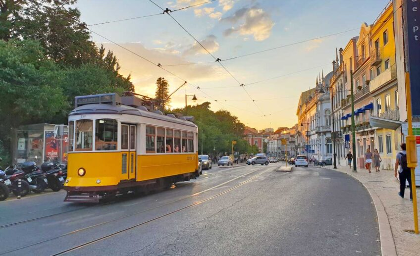 28 tram lisbon portugal