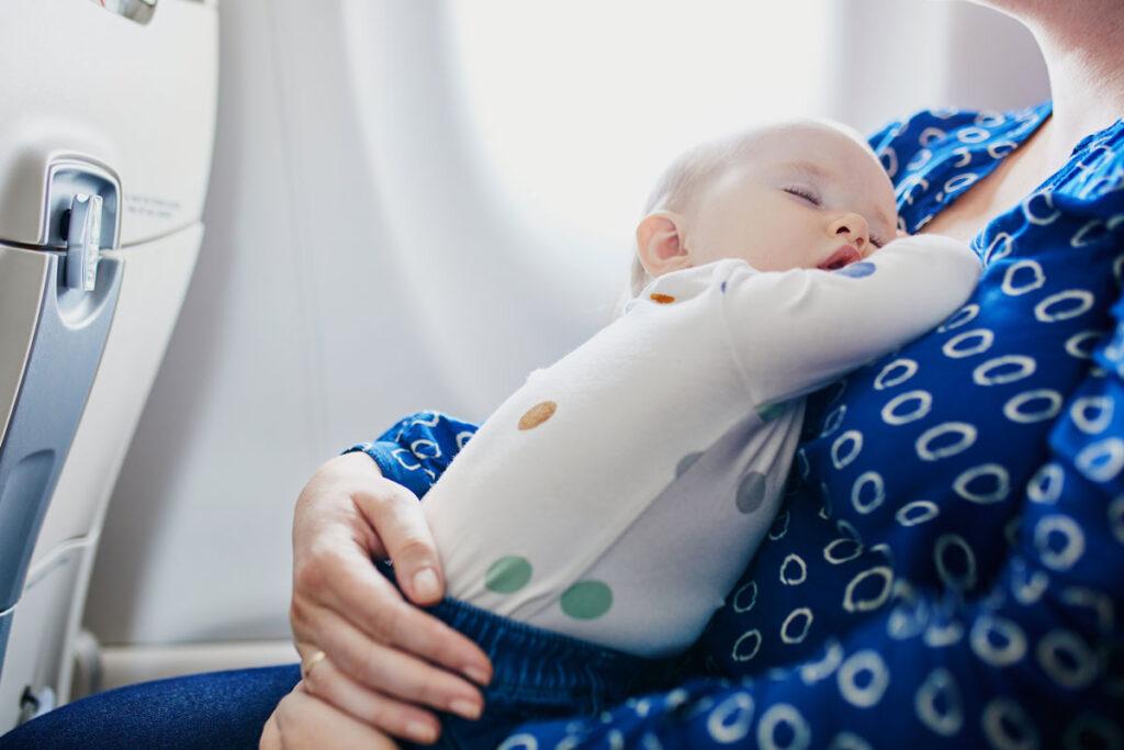 baby sleep on airplane
