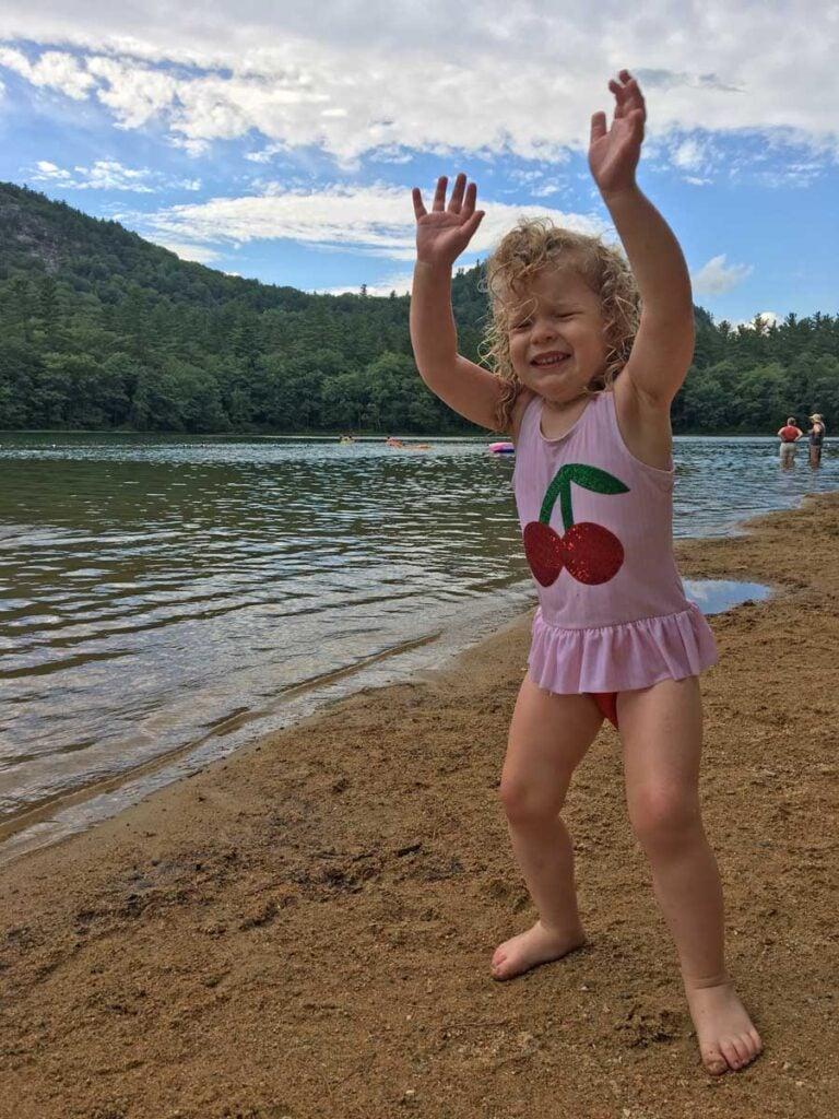 image of toddler at Echo Lake North Conway