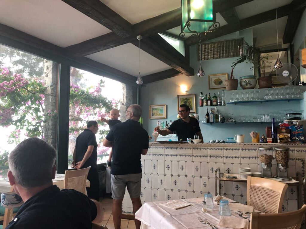 Eating out in Amalfi Coast, Italy with a toddler