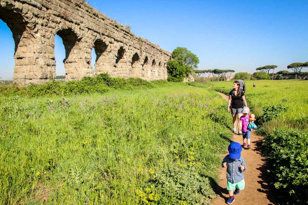 Aqueduct Park in Rome with a baby or toddler