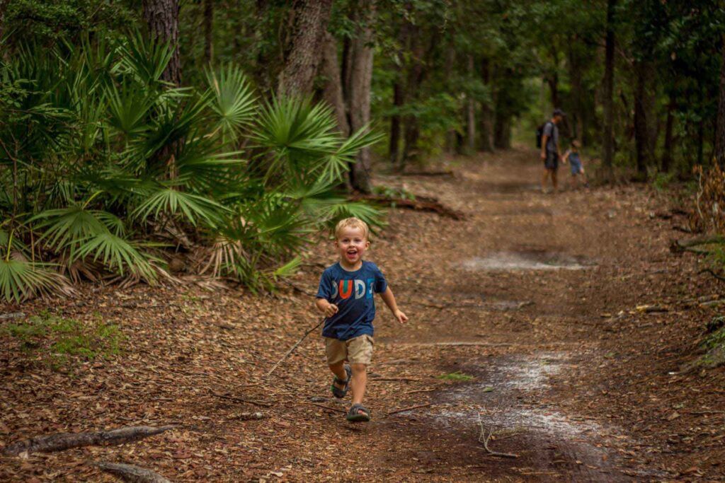 hike at Wormsloe Historic Site with a toddler