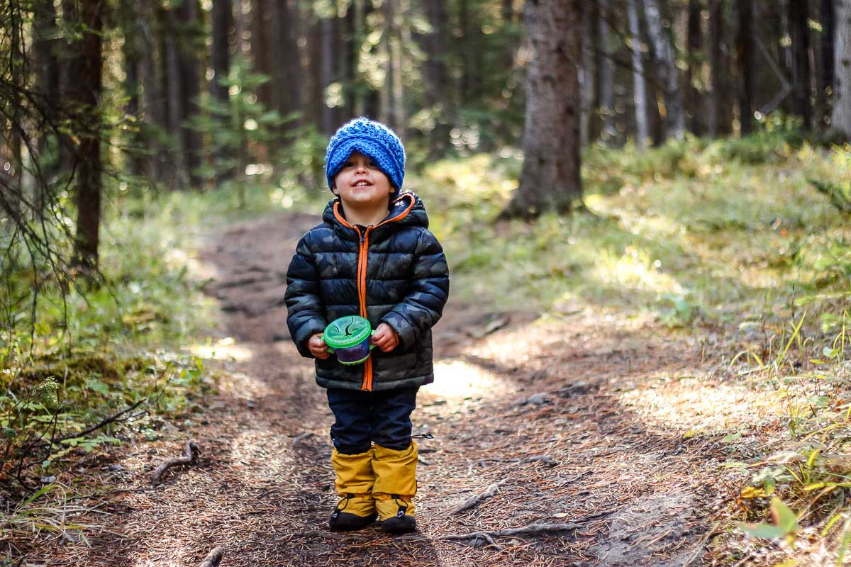 spill proof snack cup for hiking with toddlers