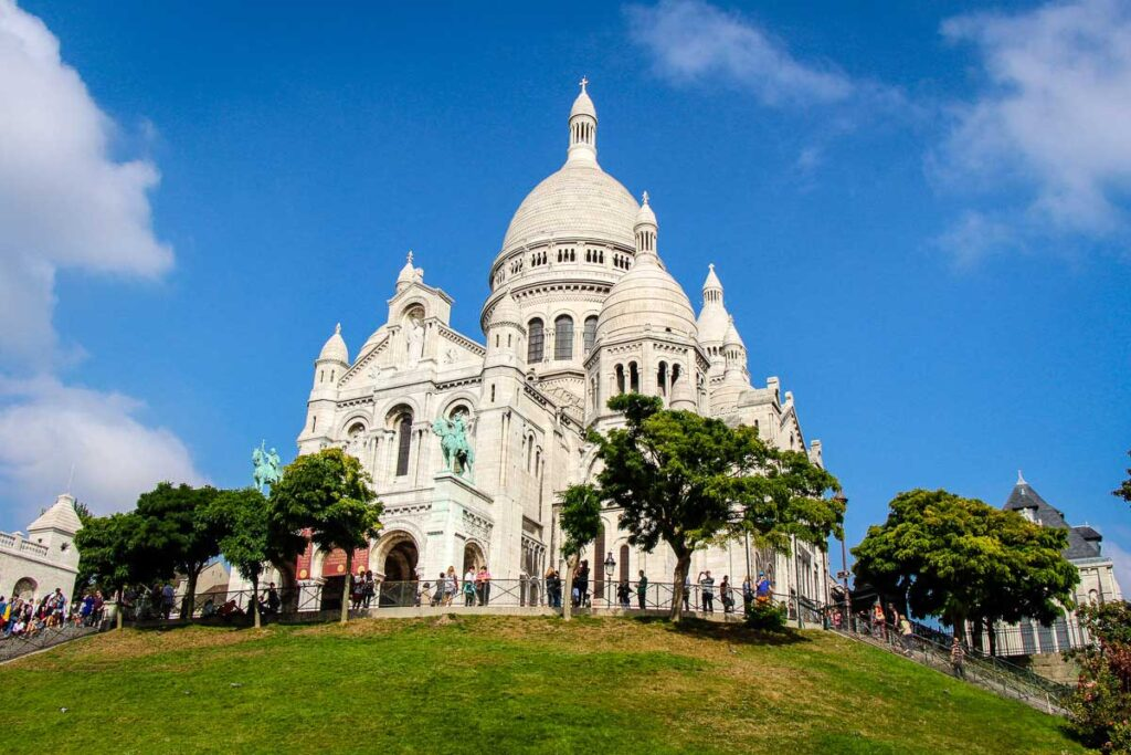 Sacre Coeur in Paris with toddlers or a baby
