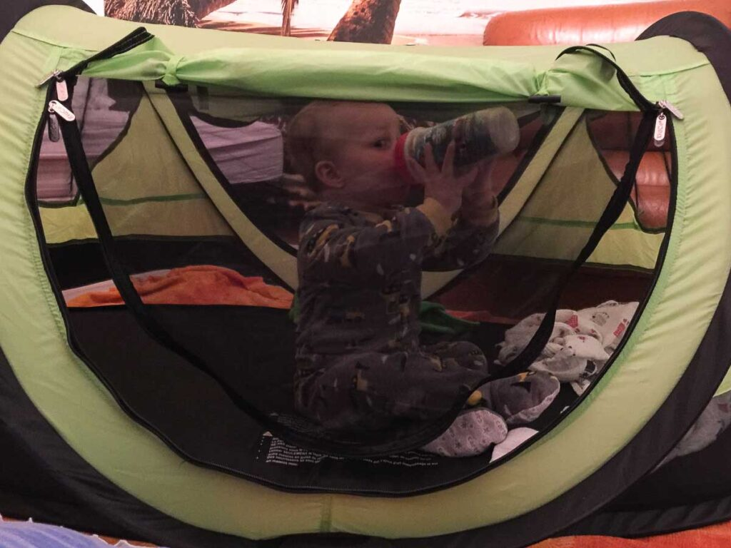 KidCo Peapod - toddler travel tent