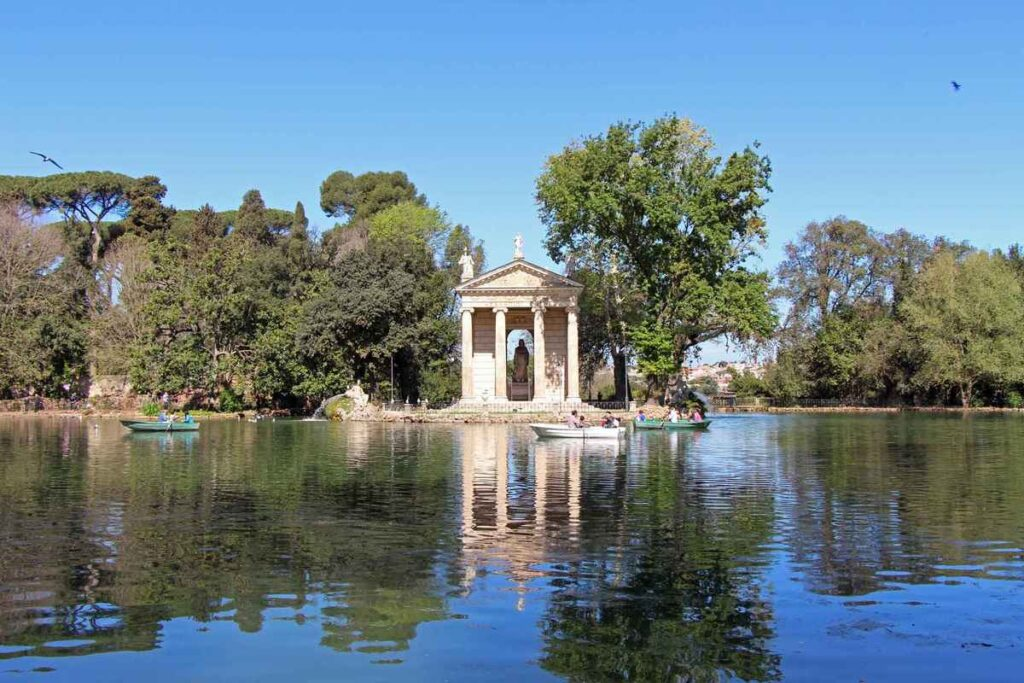 A beautiful lake within the Villa Borghese Gardens in Rome