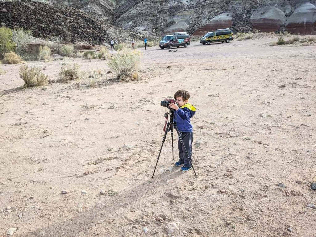 kid friendly Capitol Gorge hike in Capitol Reef National Park with a toddler